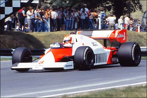 Победитель Гран При Великобритании 1984 года Ники Лауда