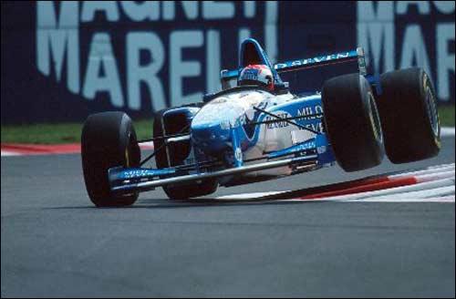 Победитель Гран При Италии 1995 года Джонни Херберт