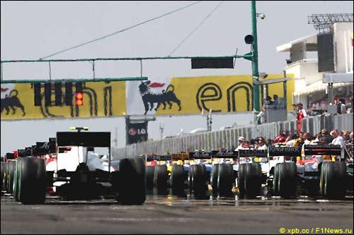 Гран При Венгрии. Перед стартом прогревочного круга