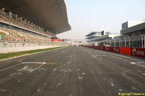 Стартовое поле Гран При Индии