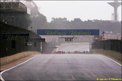 Стартовое поле Гран При Бразилии
