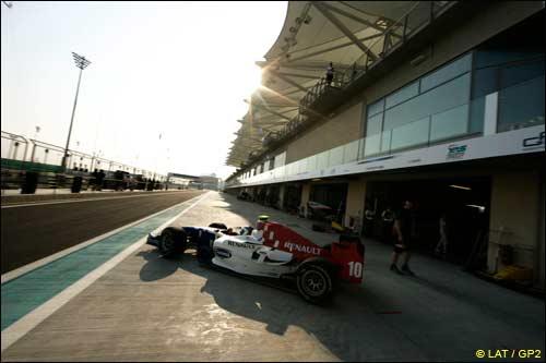 Тесты серии GP2 на автодроме Яс-Марина