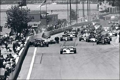 Первый старт гонки: Ален Прост впереди и авария следом
