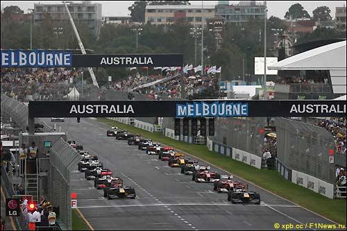 Старт Гран При Австралии, 2010 г.