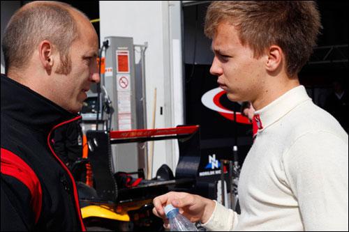 Кевин Корьюс (справа) с боссом команды Tech1 Симоном Абади