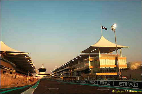 Стартовое поле Гран При Абу-Даби 2012