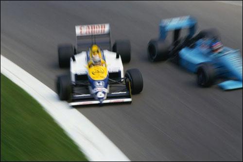 Нельсон Пике в заносе проходит Параболику на пути к победе в Гран При Италии 1987 года