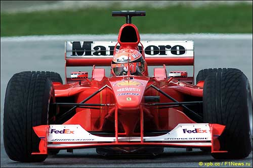 Михаэль Шумахер за рулем F1-2000, Австрия, 2000 год