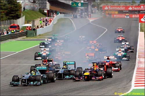 Старт Гран При Испании 2013