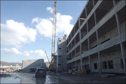 Строительство объектов инфраструктуры сочинской трассы, март 2013 года