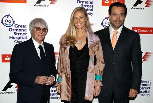 Берни Экклстоун с португальским бизнесменом Антониу Мота Озориу и его супругой
