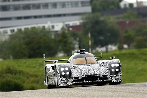 Спортпрототип Porsche LMP1