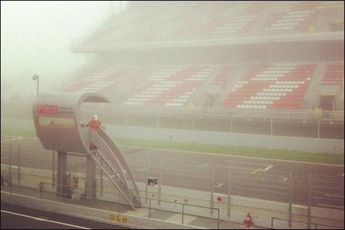 Туман на трассе в Барселоне