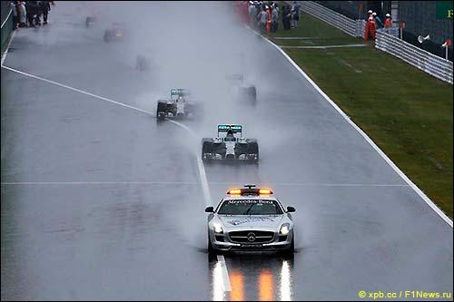 Старт Гран При Японии 2014