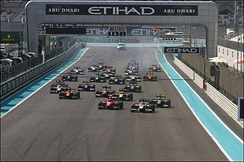 Старт гонки GP2 в Абу-Даби