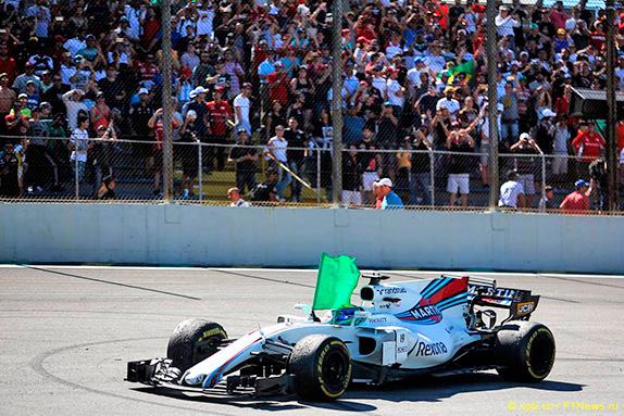 Фелипе Масса на Гран При Бразилии 2017 прощался со своими болельщиками