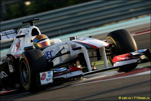 Эстебан Гутьеррес за рулем Sauber на молодёжных тестах Ф1