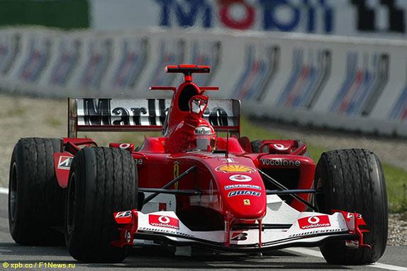 Михаэль Шумахер за рулём Ferrari F2004 в Хоккенхайме, 2004 год