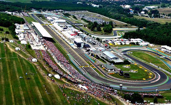 Квалификацию Гран-при Венгрии одержал победу Себастьян Феттель