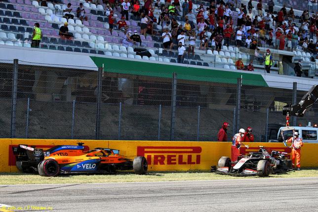 Последствия массовой аварии на рестарте Гран При Тосканы