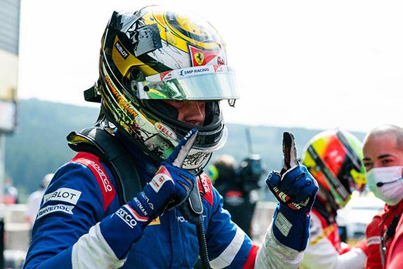 Роберт Шварцман – победитель воскресной гонки в Спа