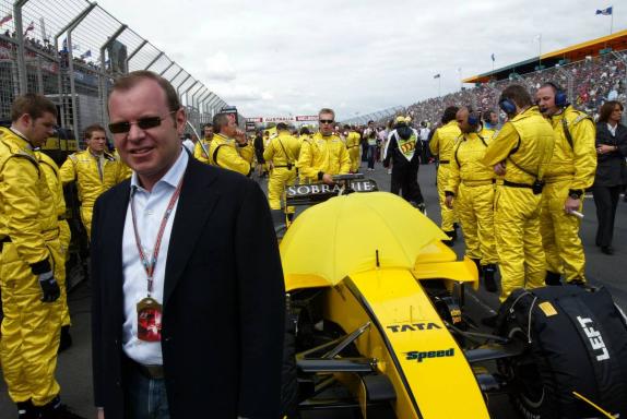 Alex Schneider, Jordans neuer Gastgeber, Grand Prix von Australien 2005, Foto von XPB
