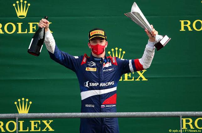 Роберт Шварцман –победитель воскресной гонки в Спа, фото пресс-службы Формулы 2