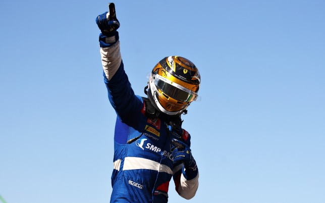 Роберт Шварцман, победитель первого спринта в Сильверстоуне, фото пресс-службы Формулы 2