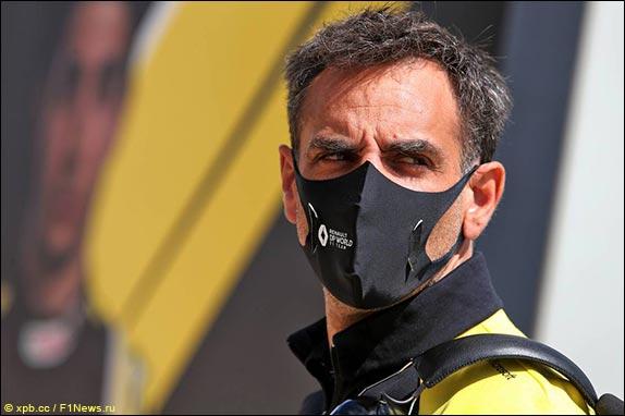 Руководитель команды Renault Сирил Абитебул