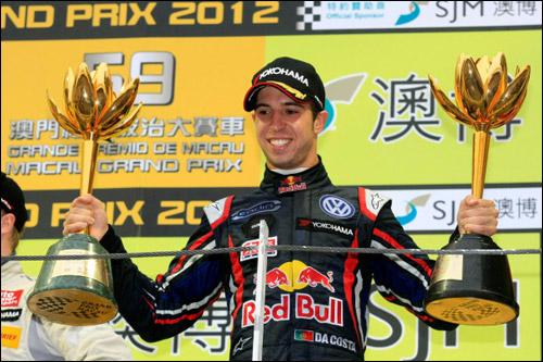Антониу Феликс да Кошта после победы в Макао в 2012 году