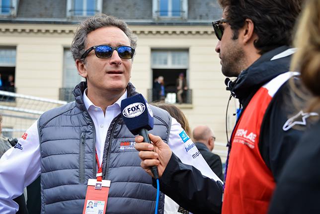 Агаг готов выкупить акции Формулы E за 600 млн. евро