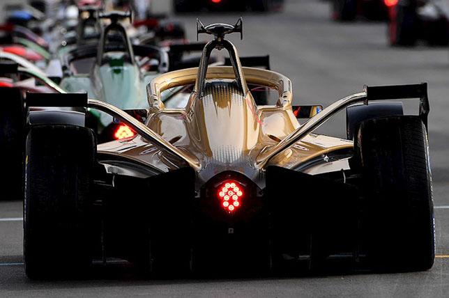 В Формуле Е объявили о приостановке сезона
