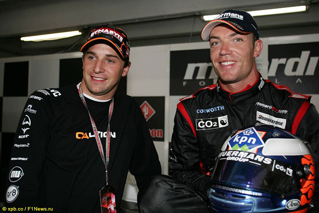 Кристиан Алберс (слева) и Роберт Дорнбос, 2005 год