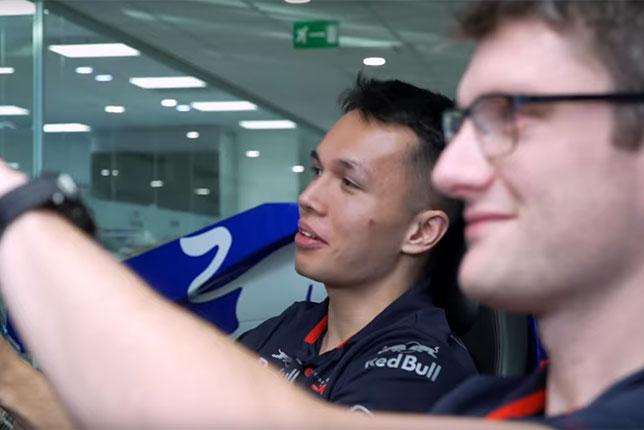 视频:Elbon和阿塞拜疆大奖赛的工程师