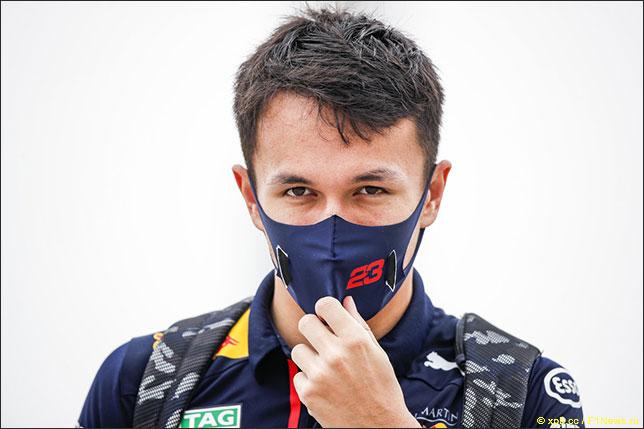 Алекс Элбон выступит в DTM за рулём Ferrari