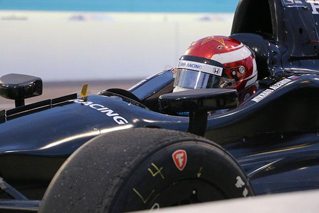 Михаил Алёшин на тестах в Финиксе