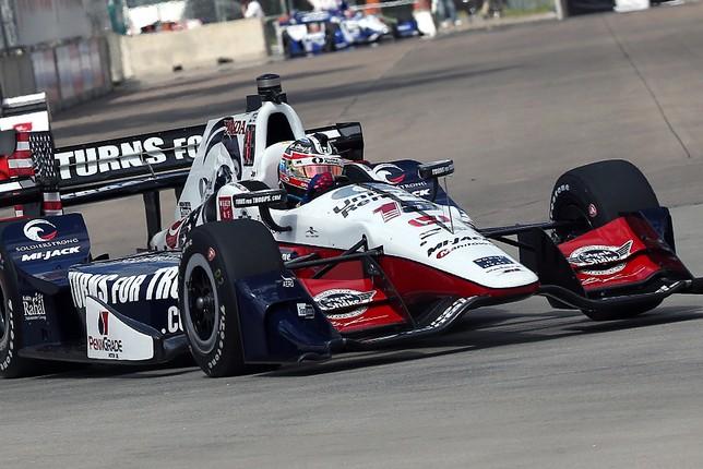 Грэм Рэйхол - победитель субботней гонки в Детройте