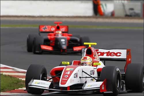 Робин Фряйнс - новый чемпион Мировой серии Renault