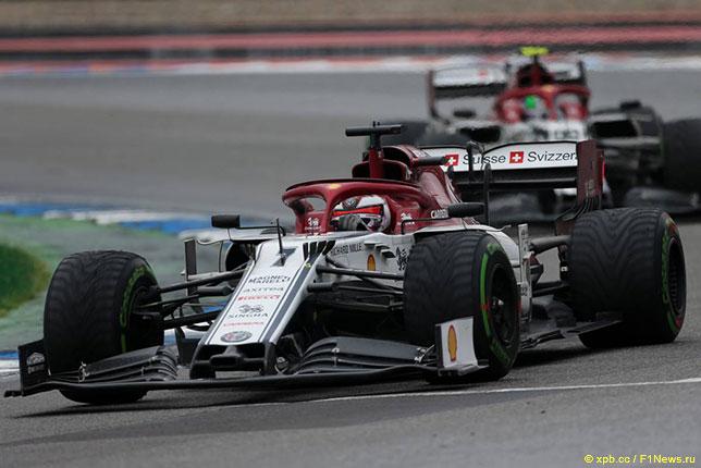 Машины Alfa Romeo на Гран При Германии