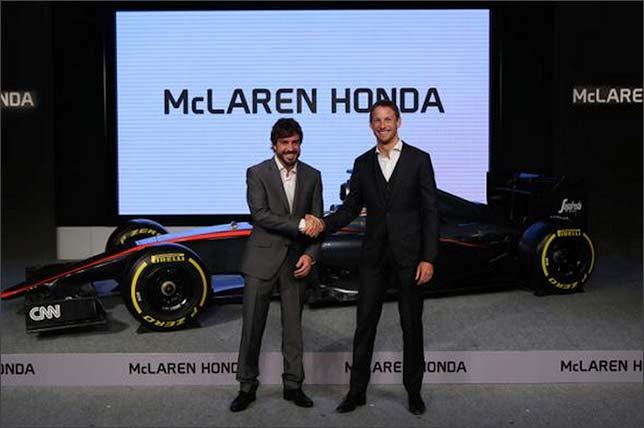 Фернандо Алонсо и Дженсон Баттон на презентации McLaren MP4-30 в Токио