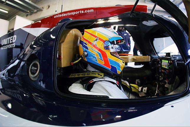 Фернандо Алонсо за рулём спортпрототипа Ligier команды United Autosports, фото пресс-службы команды