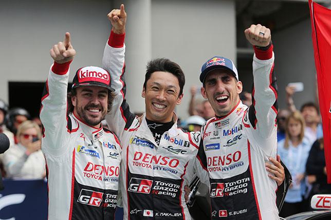 Фернандо Алонсо, Казуки Накаджима и Себастьян Буэми – победители 24-часовой гонки в Ле-Мане