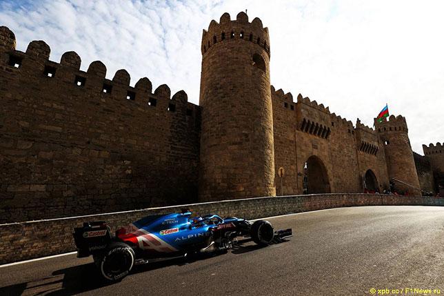 Фернандо Алонсо на трассе Гран При Азербайджана
