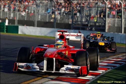Фернандо Алонсо на пути к четвёртому месту в Гран При Австралии