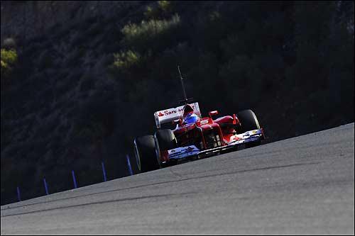 Фернандо Алонсо за рулем Ferrari F2012
