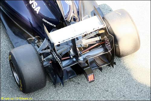 Задняя часть Williams FW33