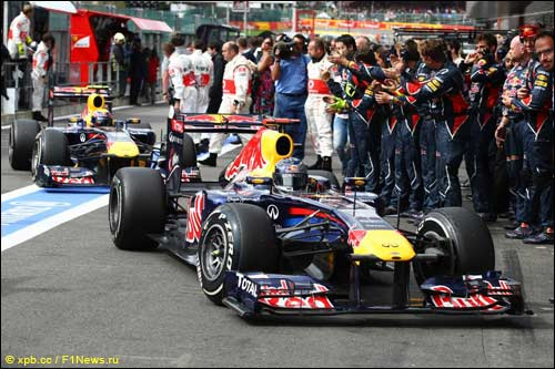 Спа. Red Bull Racing. Себастьян Феттель и Марк Уэббер