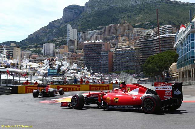 Кими Райкконен за рулём Ferrari SF15-T на трассе в Монако