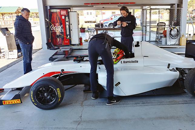 Рубенс Баррикелло в машине Формулы 4 команды DC Autosport