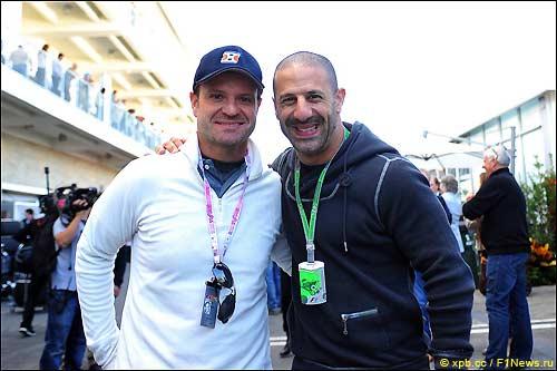 Рубенс Баррикелло и бразильский гонщик IndyCar Тони Канаан